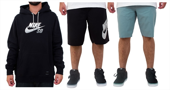 5afccf841beaf Moletom Nike SB tipo canguru com bolso frontal e capuz