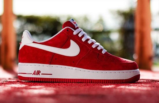 new style ac76d bd989 ... Começando a nova coleção da Nike sportswear, temos o famoso Air Force 1,  com . ...