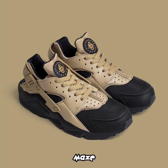 Novo Nike Air Huarache Run Premium disponível em todas as lojas Maze! O  sneaker foi projetado pela lenda Tinker Hatfield 23b53e789824b