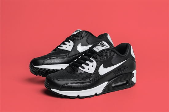 Nike Air Max 90 Essential (White Black Mettalic Silver Natural Grey)